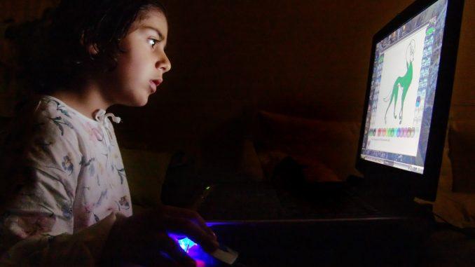 网络危害孩子