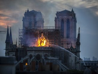 巴黎圣母院,耶稣