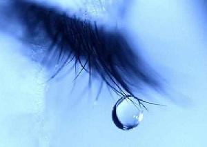 显微镜下的眼泪 每颗都是独特的心情故事