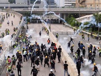 观塘大游行, 29人被捕