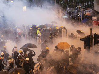 香港警方, 拘捕近900人, 中共当局, 严刑峻法尽快平乱, 武警部队