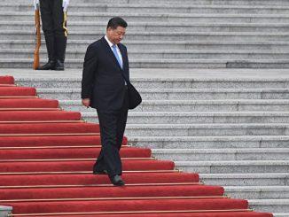 习近平被热捧又遭冷箭,中共高层权斗诡异,引起海内外舆论的强烈关注。(Madoka Ikegami - Pool/Getty Images)