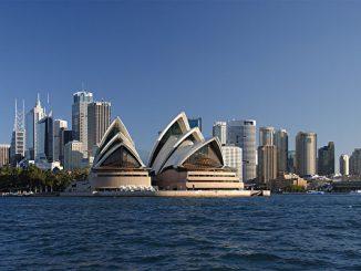 Sydney_opera_house_and_skyline-600x400