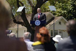图为国务卿蓬佩奥7月23日发表对华演讲。