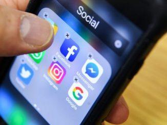 图为社交媒体示意图。